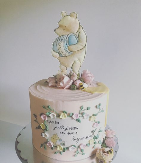 Classic Pooh Bär Kuchen Topper, Stoff Winnie the Pooh, Ferkel, Tigger, Eeyore p . Winnie The Pooh Cake, Winnie The Pooh Birthday, Vintage Winnie The Pooh, Bear Birthday, First Birthday Cakes, Birthday Parties, 3rd Birthday, Birthday Ideas, Baby Shower Niño