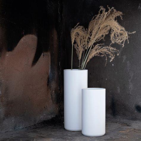 Vase En Ceramique Blanc Ventoux D12xh30cm Alinea Vase En Ceramique Ceramiques Blanches Et Vase