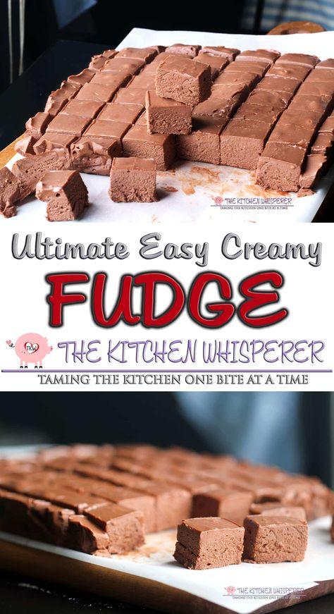Classic Fudge Recipe, Best Fudge Recipe, Cream Cheese Fudge Recipe, Delicious Fudge Recipe, Marshmallow Fluff Recipes, Recipes With Marshmallows, Easy Marshmallow Fudge Recipe, Homemade Fudge Easy, Easy Microwave Fudge
