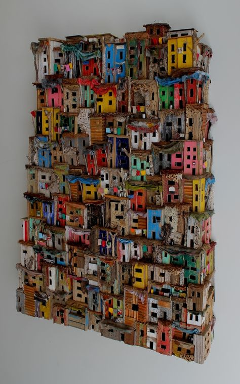 Eric Cremers - Mumbai (With images) Cardboard Sculpture, Cardboard Art, Sculptures Céramiques, Sculpture Art, Karton Design, Driftwood Crafts, Unusual Art, Collaborative Art, Assemblage Art