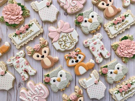 Loved creating this woodland animal baby shower set! Baby Girl Cookies, Baby Shower Cookies, Cookie Bouquet, Flower Cookies, Heart Cookies, Valentine Cookies, Birthday Cookies, Easter Cookies, Christmas Cookies