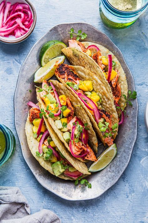 Paleo Blackened Salmon Tacos with Avocado Mango Salsa | NattEats  #salmontacos #paleotacos #blackenedsalmontacos