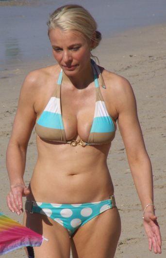Bikini + mature