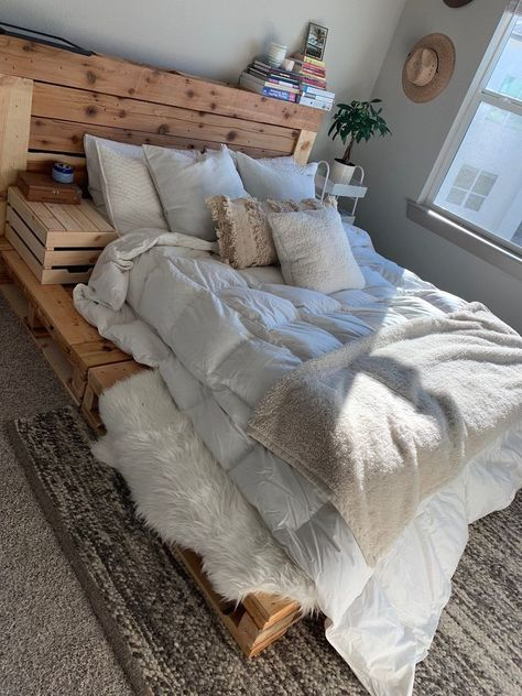 Pallet Bed - The Oversized Queen - Includes Headboard and PlatformThanks for this post.Featuring a floor lying pallet platform frame and pallet headboard, the queen was designed for convenience -it works with all mattresses, d# bed Wood Pallet Beds, Diy Pallet Bed, Pallet Furniture, Beds On Pallets, Pallet Bed Frames, Bed Made Out Of Pallets, Headboard Pallet, Pallet Room, Antique Furniture