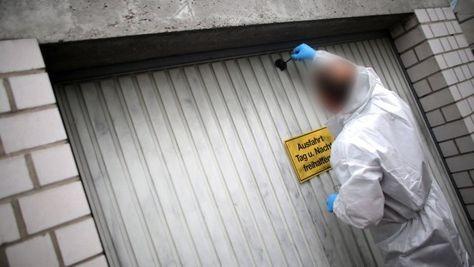 In der Garage von Manfred S. wurden Leichenteile entdeckt. In Schwalbach am Taunus glaubt trotzdem niemand, dass er ein Mörder war.
