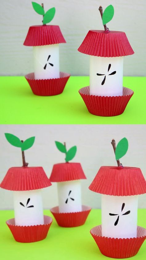 Paper roll apple core craft for preschoolers, kindergartners and older kids. Use paper rolls, cupcake liners and sticks to make this easy apple craft. snacks diy Paper Roll Apple Core - Easy Fall /Autumn Craft For Kids Paper Craft Work, Fall Paper Crafts, Fall Crafts For Kids, Paper Crafting, Diy For Kids, Craft Kids, September Kids Crafts, Fall Crafts For Preschoolers, Big Kids