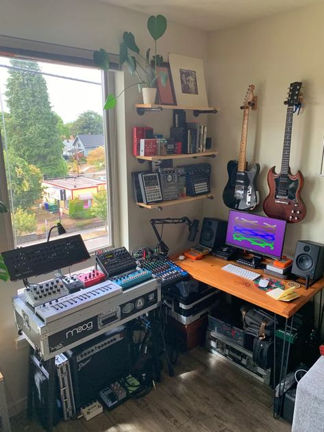 Be it a bedroom studio, professional studio, or kitchen table - takes all kinds. Home Studio Setup, Music Studio Room, Studio Desk, Dream Studio, Home Studio Musik, Home Music Rooms, Music Bedroom, Recording Studio Design, Music Recording Studio