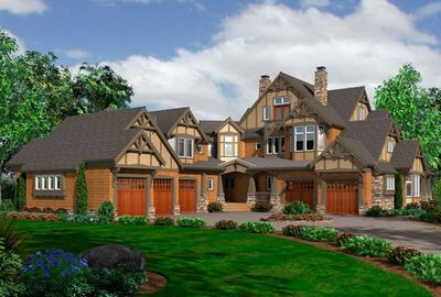 Plan 9500rw Luxurious Craftsman Detailing Luxurious Details Pamper The Owners Of This Spectacular L In 2020 Luxury House Plans Craftsman House Plans Craftsman House