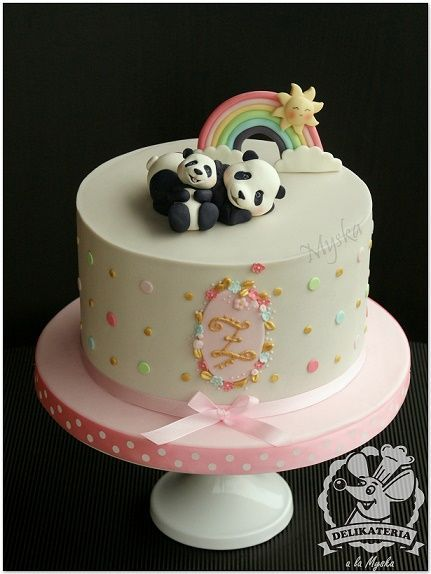Panda Cake With Images Panda Birthday Cake Panda Bear Cake