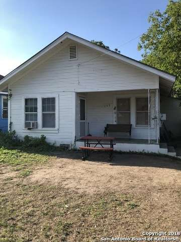 Single Family Detached San Antonio Tx Great Investment Property Potential Right Off Mission Rd 3 Bedroom 1 Bath Fi Sale House Land For Sale Renting A House