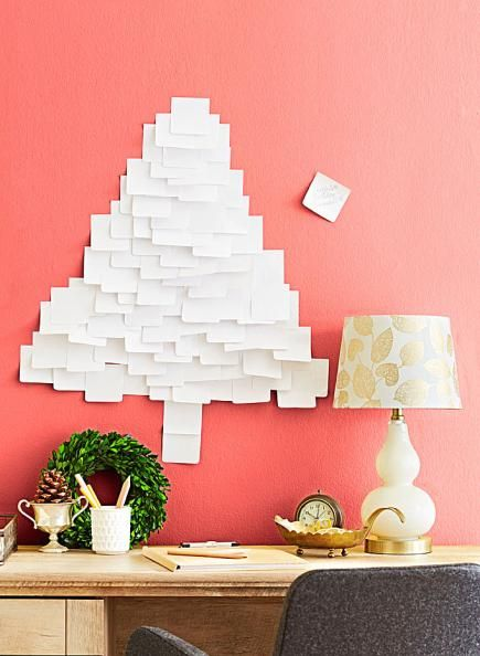 Cheap DIY Christmas Tree Decorations - use sticky notes to make a tree on your wall. More info: http://www.midwestliving.com/holidays/christmas/5-clever%E2%80%94and-cheap%E2%80%94diy-christmas-tree-alternatives