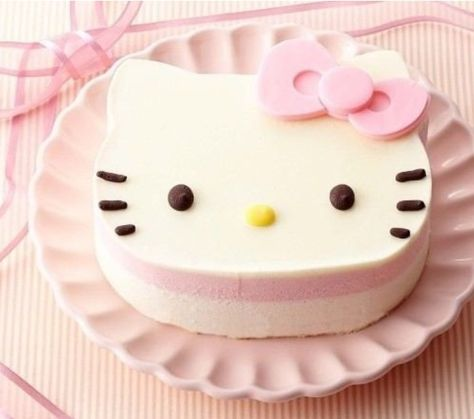 Treat yourself with this cute Hello Kitty Cake! Hello Kitty Birthday Cake, Hello Kitty Cake, Hello Kitty Items, Pretty Cakes, Cute Cakes, Kawaii Dessert, Kawaii Cooking, Cute Desserts, It Goes On