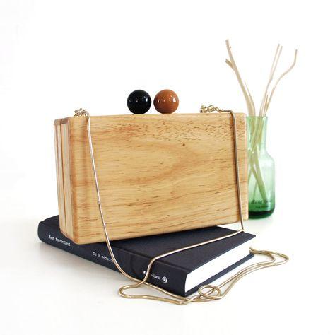 Aliexpress.com : Koop fashion vintage log vierkante doos een schouder ketting zak houten zak dag koppeling gift van Betrouwbare gift commentaar leveranciers op MOONGIRL ONLINE SHOP.