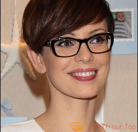 List Of Pinterest Kurzhaarfrisuren Damen Freche Feines Haar Brille