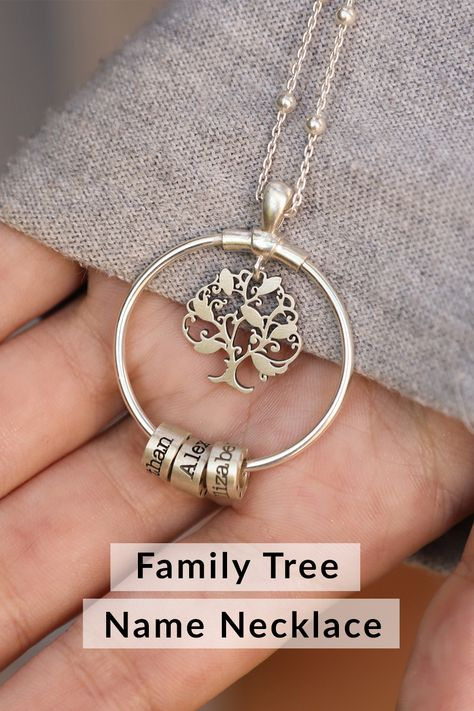 For a tree to grow and thrive it must have strong roots and the same can be said for a family. This unique 925 sterling silver necklace decorated with up to 5 names of your choice reminds us of celebrating the forces of nature, it represents the people in our life that boost our emotional and personal growth. Family Tree Necklace, Wire Jewelry, Unique Jewelry, Jewelry Accessories, Jewelry Design, Tree Of Life Jewelry, Silver Work, Homemade Jewelry, Hand Stamped Jewelry