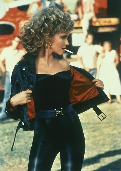 """21 Things You Didn't Know About The Movie """"Grease"""" Sandy from Grease played by Olivia Newton-John Mehr Grease Sandy, Sandy Grease Costume, Grease Costumes, Sandy Grease Outfit, Sandy Costume, Grease Outfits, Hot Halloween Costumes, Halloween Outfits, Pirate Costumes"""
