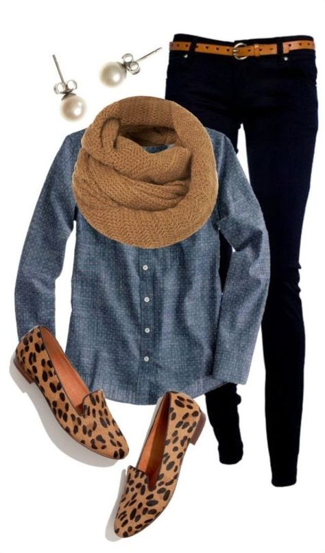 Love the chambray shirt and black skinny jeans with leopard slip-on sneakers. Cute casual winter outfits with scarf. Casual Winter Outfits, Cute Fall Outfits, Casual Fall, Winter Dresses, Casual Clothes For Women, Dress Casual, Women Fall Outfits, Casual Friday Work Outfits, Casual Shoes