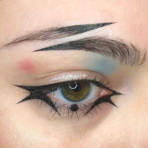 Joker Harley Quinn eye makeup look > split brow > face art > dimensions Makeup Eye Looks, Creative Makeup Looks, Eye Makeup Art, Pretty Makeup, Makeup Inspo, Makeup Inspiration, Gothic Eye Makeup, Fantasy Makeup, Crazy Makeup