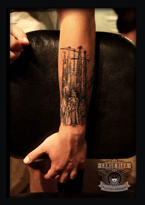Sagrada Familia Tattoo Tattoos Tattoo Designs Tattoo Artists
