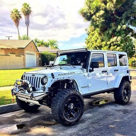 Total dream car 😍 I love my Jeep but this is an awesome Rubicon! Total dream car 😍 I love my Jeep but this is an awesome Rubicon! Auto Jeep, Jeep Jk, Jeep Cars, Jeep Truck, Ford Trucks, Jeep Wrangler Rubicon, Jeep Wrangler Unlimited, Jeep Wranglers, White Jeep Wrangler