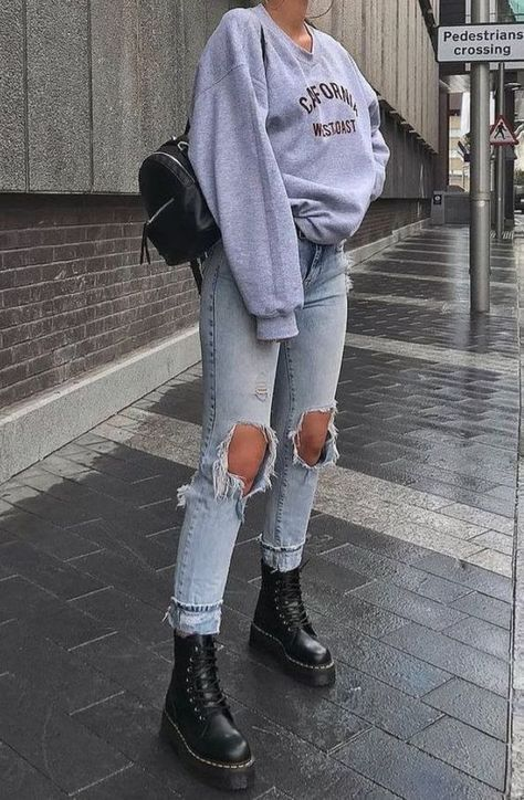 trendy outfits for summer . trendy outfits for school . trendy outfits for women . trendy outfits for summer 2020 Edgy School Outfits, Teenage Outfits, Teen Fashion Outfits, Edgy Outfits, Cute Casual Outfits, Mode Outfits, Outfits For Teens, Winter Outfits, Summer Outfits