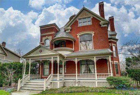 380 Dream Home Ideas In 2021 Old House Dreams House Styles Old Houses