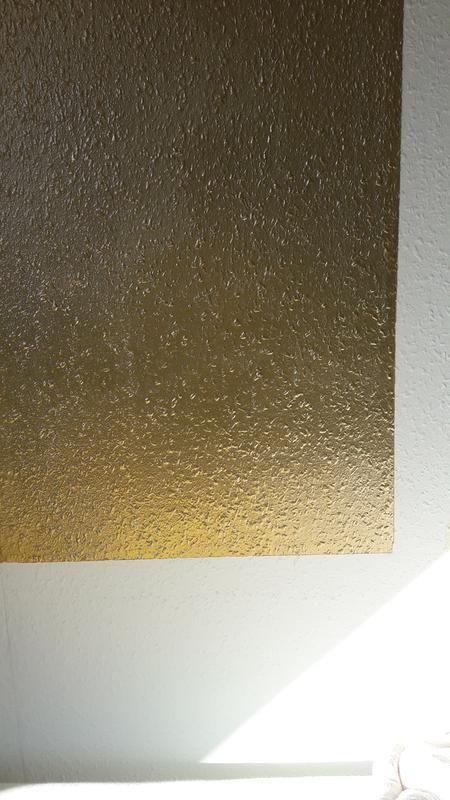 Goldene Wandfarbe In 2020 Wandfarbe Gold Wandfarbe Wand