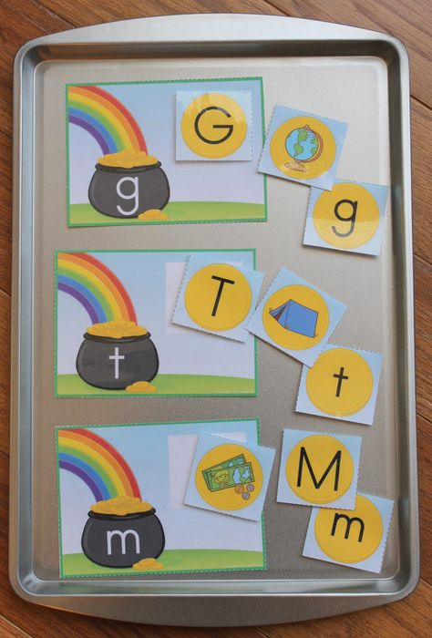 St. Patrick's Day letter match and/or beginning sound sort for preschool and early childhood class.  Great for ELA centers and busy bags.