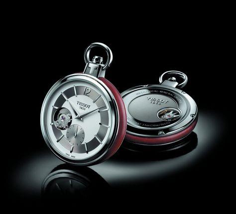Tissot Pocket Watch 1920. Fabriquée en Suisse; mouvement mécanique; glace minérale; boîte en acier inoxydable 316L avec fond transparent; montre argentée ou blanche; cerclage en cuir brun ou noir. Prix 560€