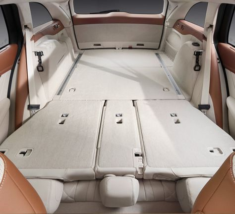 The New E Class Estate Dynamic Innovative Mercedes Benz