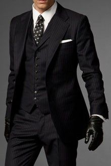 Suits & Tailoring Shopping, Design Ideas, Pictures And Inspiration Three piece suit. Fashion Mode, Suit Fashion, Mens Fashion, Sharp Dressed Man, Well Dressed Men, Costume Armani, Armani Suits, Armani Men, Herren Outfit