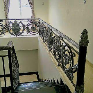 Railing Balkon Klasik Klasik Desain Tangga