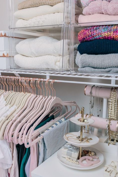 Office Tour + Closet Organization I recently had a whole closet makeover - design, decluttered, and organized. I'm sharing all the details plus a peek at my office in this post! Closet Bedroom, Master Closet, Bedroom Decor, Closet Office, Bedroom Beach, Closet Tour, Bedroom Office, Closet Space, Bedroom Ideas
