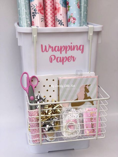 Wrapping Paper Organisation - My Lovely Little Nest - Paper Origami 💡 Wrapping Paper Station, Wrapping Paper Organization, Craft Organization, Paper Wrapping, Wrapping Ideas, Closet Organization, Gift Wrapping, Origami Rose, Craft Room Design