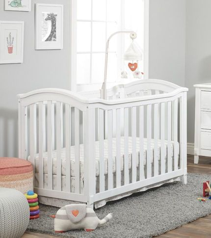 Sorelle Berkley Classic 4 In 1 Convertible Crib White Toys R Us 149 99 Cribs Convertible Crib Convertible Crib White