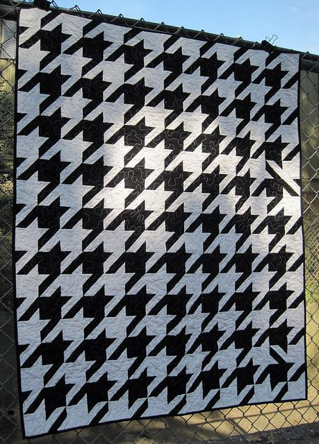 Huskers Houndstooth Quilt Pattern | Houndstooth, Thoughts and Patterns : houndstooth quilt pattern - Adamdwight.com