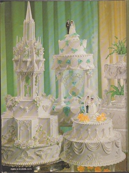 Beautiful Bridal Cakes By Wilton Cake Decorating 1978