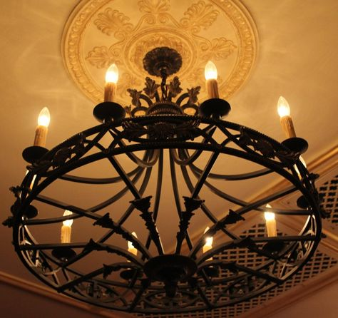 Old World Wrought Iron Chandelier Light Decorating Ideas