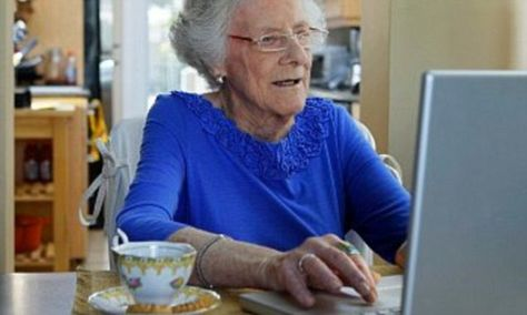 Stop your granny feeling lonely - teach her to tweet