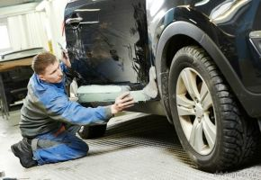 Best 25 auto body repair shops ideas on pinterest auto body tips for getting your vehicles auto body repair shop solutioingenieria Image collections