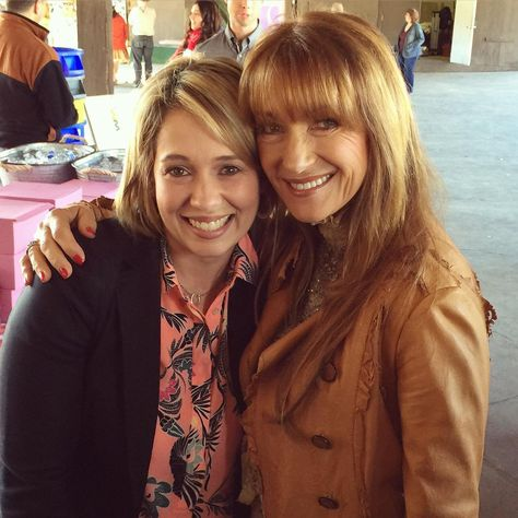 Awesome picture of Jane Seymour (Michaela Quinn) and Erika Flores ! (Colleen Cooper) (Source: Jane's Instagram)