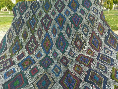 MaisonRouge footsteps   Sprinkles, Quilts, Blanket