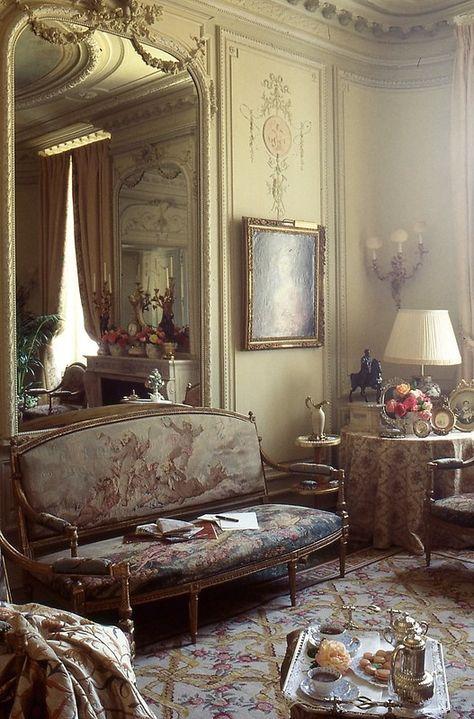 Salon Louisquinze Dixneufcent Maison Style Chambres Des Pays Francais Et Decoration A La Campagne Francaise
