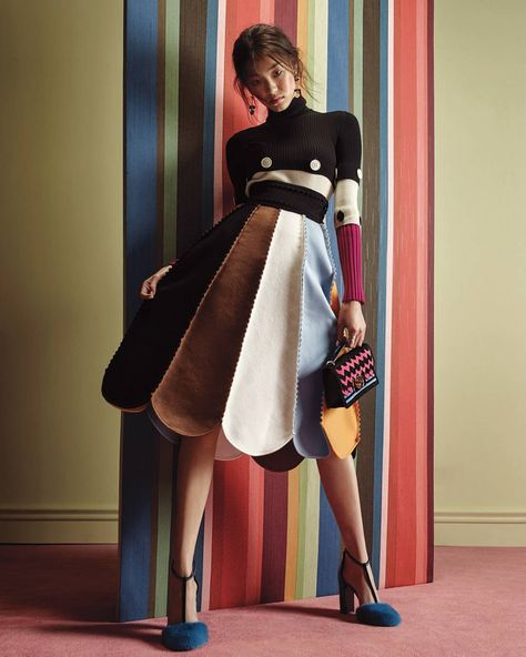 Bold colors, geometric prints and fluid silhouettes. Marie Claire Korea captures the vibrancy of the new Ferragamo Fall 2016 runway collection.