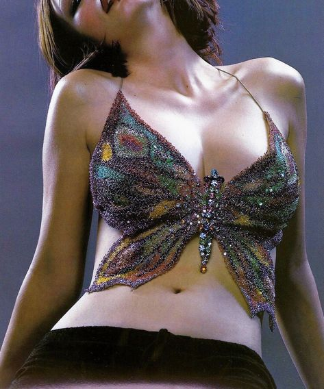runwaydoll:Ungaro top x Vogue Paris 2000 fashion pics