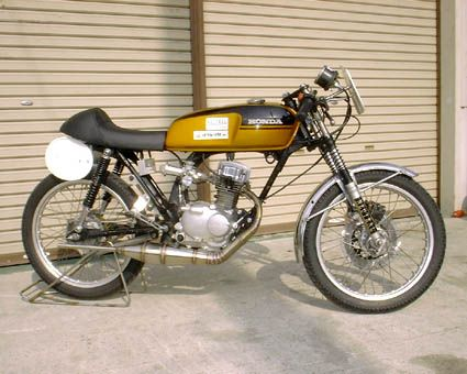 honda cb/cg 125 with the gas tank of a ss50 and cafe racer seat? i