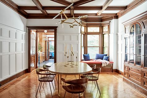 Fine Dining - A 1900s Park Slope Limestone That Perfectly Blends Traditional And Modern  - Photos