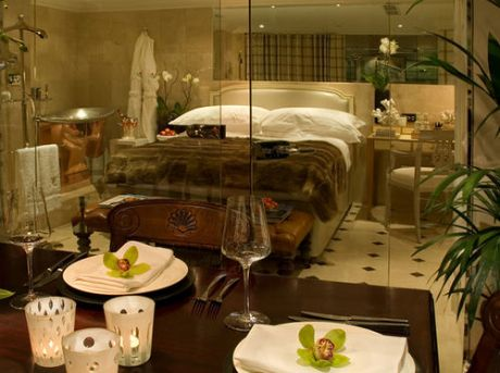 Is One Of London S Hidden Gem Suites With Its Authentic Copper Bath And Comfortable Faux Fur Bedding Housed Within This Highly Regarded Boutique Hotel