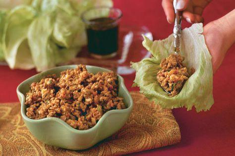 Crispy Ginger-and-Garlic Asian Turkey Lettuce Wraps - Our Favorite Ground Turkey Recipes - Southernliving. Recipe: Crispy Ginger-and-Garlic Asian Turkey Lettuce Wraps  No need to go out for dinner when you can make your favorite lettuce wraps, featuring lean ground turkey, in your own kitchen.