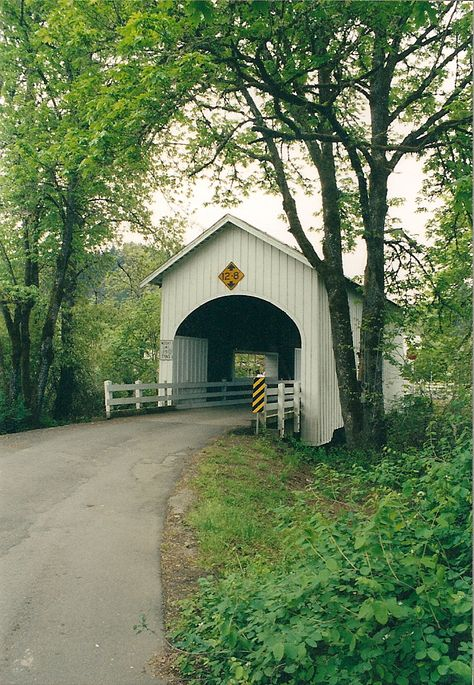 Myrtle Creek Covered Bridge in OR